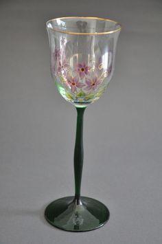 Jugendstil Weinglas mit grünem Fuß - Theresienthal?