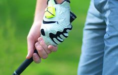 The best wearable tech devices to improve your golf swing. #wearabletech