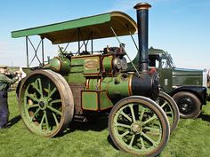 """Taskers 'The Little Giant' Steam traction engine 'Pride of Anna Valley' But I prefer THE chain driven one """"Weetan"""""""