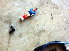 pezzi di passato in un ecocentro comunale #lapoesiadeirifiuti www.coopagridea.org