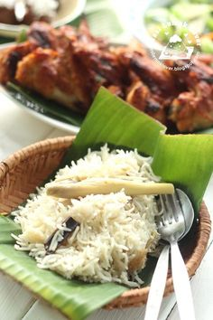 Nasi Lemak Lover: Lemongrass Rice and Honey Grilled Chicken Wings 香茅饭和烤蜜糖鸡翅 Tasty Rice Recipes, Seafood Recipes, Appetizer Recipes, Cooking Recipes, Duck Recipes, Grilled Chicken Wings, Honey Chicken, Yum Yum Chicken, Asian Chicken