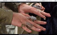 Holy Mother of Mirkwoood! I woke up today to see this in my Twitter feed. #LeePace #Thranduil #ElvenBling
