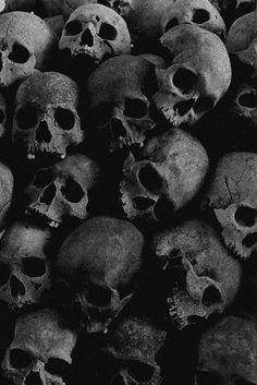 Dark forest, glow of the lake, an eternal dance of death - - Gothic Wallpaper, Skull Wallpaper, Dark Wallpaper, Helloween Wallpaper, Arte Punk, Skull Reference, Beautiful Dark Art, Totenkopf Tattoos, Dance Of Death
