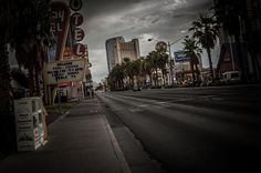 Bright lights of Vegas ... turn dismal drab in the morning