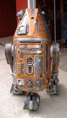 1:1 scale Astromech droid R4-N4. Another scratch built droid. My fourth build. By Kelly Krider. R2 Builders Club.