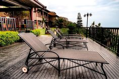 The Bali Grand Guest Lodge Bed & Breakfast Accommodation In Amanzimtoti Central, South Coast, KZN See more on http://www.wheretostay.co.za/bali-grand-guest-lodge-bed-and-breakfast-accommodation-amanzimtoti  Situated right on the Indian Ocean, The Bali Grand Guest Lodge is 20km south of Durban and 50km from King Shaka Airport. The lodge consists of 4 Star deluxe rooms with 180 degree sea views from the private balconies.