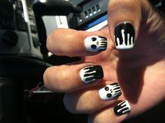 Skull nails Halloween Nail Designs, Halloween Nail Art, Happy Nails, Fun Nails, Diy Manicure, Manicures, Skull Nails, Nail Time, Toe Nail Designs