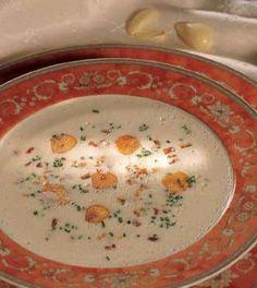 Krémová česneková polévka   (Cream of Garlic Soup)
