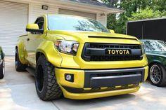 Toyota Tundra slammed