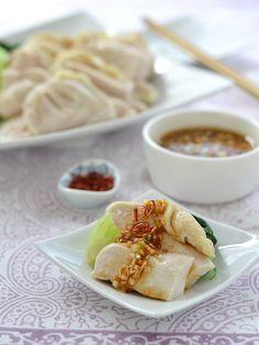 茹で鶏(白切鶏)・ねぎしょうがだれ by 西山京子/ちょりママ 「写真がきれい」×「つくりやすい」×「美味しい」お料理と出会えるレシピサイト「Nadia | ナディア」プロの料理を無料で検索。実用的な節約簡単レシピからおもてなしレシピまで。有名レシピブロガーの料理動画も満載!お気に入りのレシピが保存できるSNS。
