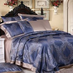 Top quality mulberry silk bedding, Machine Washable silk sheets and silk bed linens. Silk sheet sets are perfect for the ultimate sleeping experience. Silk Bedding, Bed Linens Luxury, Luxury Bedding, Bed, Luxury Bedding Sets, Black Bed Linen, Bedroom Design, Bed Linen Design, Bed Linen Sets