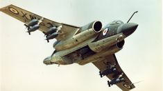 Robust carrier-borne strike aircraft which served with distinction with the Royal Navy and subsequently with the RAF. Blackburn Buccaneer, Navy Carriers, British Aerospace, Experimental Aircraft, Aircraft Design, Nose Art, Royal Air Force, Aircraft Carrier, Military Aircraft