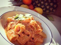 Tubettoni ricotta e pomodoro 🍅  • Ospite inatteso? Ecco un piatto semplice e veloce ma allo stesso tempo gustoso e facile. Provare per credere 💪🏻