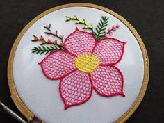 Hand Embroidery - Honeycomb Stitch Embroidery For Beginners Hello friends welcome to crafty creations. In this video we will show you how to sew honeycomb embroidery stitch for beginners, stem stitch, fishbone stitch, feather stitch and french knot for b Brazilian Embroidery Stitches, Basic Embroidery Stitches, Hand Embroidery Flowers, Hand Embroidery Tutorial, Types Of Embroidery, Embroidery For Beginners, Hand Embroidery Patterns, Machine Embroidery, Crochet Cushion Cover