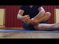 Pilates Footwork - 4-stufiges Konzept zum Training des Fußes und Beinachse - YouTube Pilates, Youtube, Training, Film, Concept, Legs, Pop Pilates, Movie, Film Stock