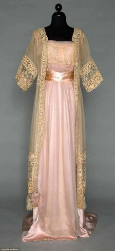 Vintage Dresses Silk and Lace Gown - c. 1912 - Chiffon with Milanese tape lace bodice band, Coat of cream Gauze with hand made Irish Crochet - Edwardian Gowns, Edwardian Fashion, Vintage Fashion, Victorian Gown, Edwardian Style, Vintage Beauty, Vintage Gowns, Vintage Lingerie, Vintage Outfits