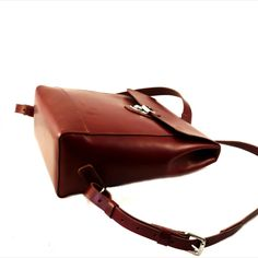 Hand-stitched spanish vachetta leather backpack. Tan Woman, Hand Stitching, Leather Backpack, Spanish, Backpacks, Studio, Bags, Women, Fashion