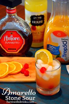 Amaretto Stone Sour - The Farmwife Drinks - - Amaretto Stone Sour – The Farmwife Drinks Beverage Recipes This sweet and tangy combination of Amaretto, sweet and sour and orange juice makes the perfect Amaretto Stone Sour. Disaronno Drinks, Cocktail Amaretto, Sour Cocktail, Cocktail Drinks, Bourbon Drinks, Cocktail Night, Margarita Cocktail, Summer Cocktails, Cocktail Recipes
