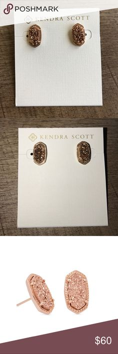Kendra Scott Rose Gold Drusy Ellie Stud Earrings Kendra Scott Rose Gold Drusy Ellie Stud Earrings. Flawless condition!! Chunky Drusy with a TON of sparkle! Kendra Scott Best Seller. Available on other platforms. Open to offers! Kendra Scott Jewelry Earrings