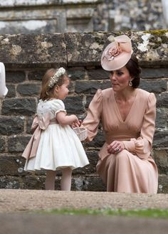 Os filhos do príncipe William e Kate Middleton tiveram papel de destaque no enlace da tia.