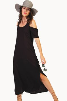 Pick this dress, a pair of ancient greek sandals and sunglasses to create a super elegant outfit. Ancient Greek Sandals, Elegant Outfit, Off Duty, Body Measurements, Cold Shoulder Dress, Short Sleeves, Sunglasses, Create, Skirts