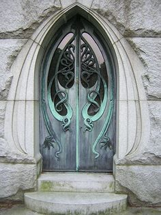 Close up of the Art Nouveau style on the doors of the Firch Mausoleum in the Erie Cemetery. Grand Entrance, Entrance Doors, Doorway, Cool Doors, Unique Doors, Amazing Architecture, Art And Architecture, Art Nouveau Arquitectura, Doors Galore