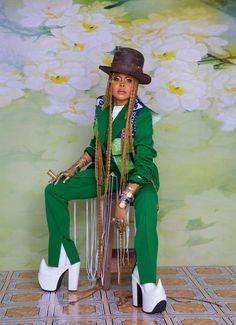 """""""I'm My Own Audience"""": Erykah Badu on the Joy in Dressing for Yourself InStyle November – Erykah Badu – Lead Afro Punk Fashion, New Fashion, Fashion Art, Fashion Outfits, Rock Fashion, Funky Fashion, Emo Outfits, Lolita Fashion, Fashion Killa"""