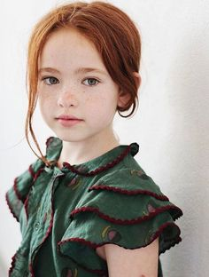 Blouse by Over the Ocean, S/S 2017. https://www.overtheocean.com/products/ss17-look-rue-6 Beautiful Children, Beautiful Little Girls, Cute Little Girls, Beautiful Eyes, Red Hair Little Girl, Red Hair Girls, Red Hair Baby, Red Hair With Green Eyes, People With Green Eyes