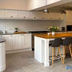 An Innova Clayton White Shaker Kitchen