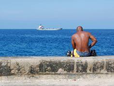 Las 5 etapas del cubano emigrado #emigración #cubana #historias  http://www.cubanos.guru/las-5-etapas-del-cubano-emigrado/