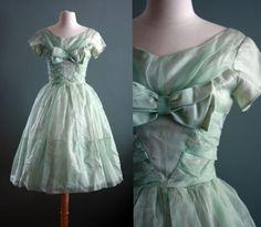 Flour Clothing (Vintage Fashion)