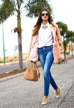 The 15 Best Street Style Looks For Spring- but faux fur