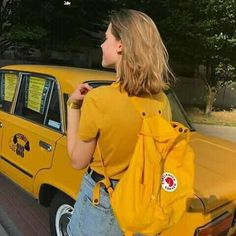 yellow, girl, and aesthetic image - Gelb Blonde Aesthetic, Art Hoe Aesthetic, Aesthetic Colors, Aesthetic Grunge, Aesthetic Photo, Aesthetic Fashion, Aesthetic Pictures, Aesthetic Clothes, Aesthetic Yellow