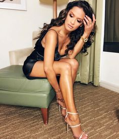 """I ❤️ her tight mini dress and high heels, she has long sexy legs "" Rocsi Diaz, Pretty Girl Rock, Celebs, Celebrities, Sexy Heels, Our Girl, Feminine Style, Feminine Fashion, Sexy Women"