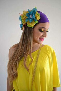 Carmen Miranda, Halloween Disfraces, Coffee Art, Bandanas, Headbands, Halloween Costumes, Bows, Flowers, Pattern