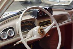 Deze beige Renault Dauphine met Gordini look uit 1961 is een bommetje op wielen en wordt te koop aangeboden in België. Men heeft namelijk het motorblok...