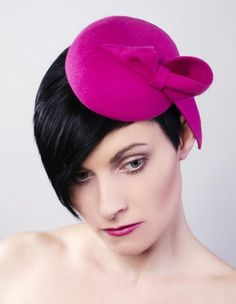 mini beret with a bow