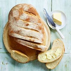 Paul Hollywood's Lovely Bloomer Bread Paul Hollywood Bloomer, British Baking Show Recipes, Baking Parchment, Mary Berry, Tray Bakes, Bread Recipes, Homemade, Breads, Breakfast