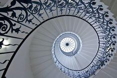 Fotografía Fibonacci Staircase III por Arnd Gottschalk en 500px