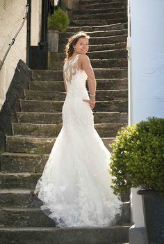 2013 Pronovias Distel Lace Wedding Dress  IN STORE NOW!!!