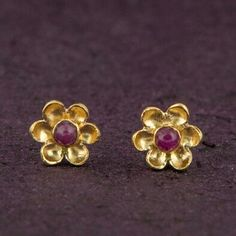 Cute little stud earrings, little flowers with Ruby stones, 18k gold plated SPOIL YOURSELF! YOU DESERVE IT!