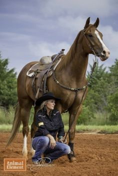 Barrel Racing NFR sorrel horse with Michelle West on Animal Element Detox Product X and Immune , Photographer Mallory Beinborn