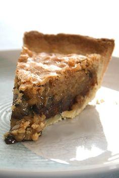 """Doughmesstic's Kentucky """"Dirty"""" Bourbon Pie"""