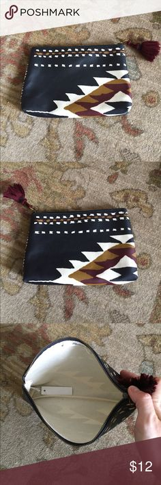 """Everlane Tribal Ikat Pouch Cute pouch from Madewell.  Coated canvas zipper pouch with tassel.  Ikat pattern.  Approx measurements 6""""h x 8.75""""w x 1.5""""d. Madewell Bags Clutches & Wristlets"""