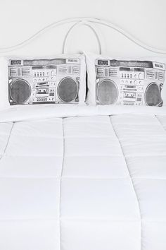 Feel the beat while you sleep! #urbanoutfitters