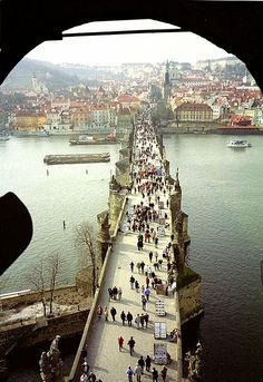 Prague - Charles Bridge - one of my favourite places in the world Places Around The World, Oh The Places You'll Go, Places To Travel, Places To Visit, Around The Worlds, Pont Charles, Charles Bridge, Wonderful Places, Beautiful Places
