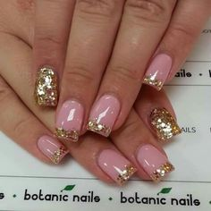 .Pretty pink and gold glitter nails | nail art design idea | short nails for summer