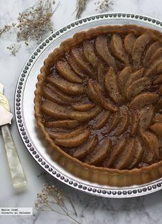 Cómo hacer tarta especiada de peras con miel. Receta