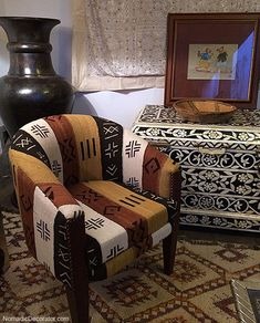 Mud Cloth Covered Chair at Mustapha Blaoui Store in Marrakech African Room, Africa Decor, African Interior Design, African Furniture, Ethnic Decor, African Home Decor, Inspired Homes, Home Accessories, Living Room Decor