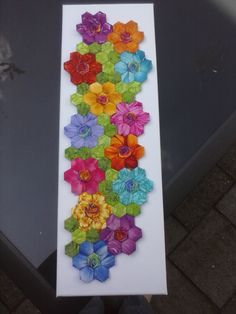 A hexagons table runner.I might be able to do a small English paper piecing project like this. Hexagon Patchwork, Hexagon Pattern, Hexagon Quilting, Patchwork Ideas, Small Quilts, Mini Quilts, Quilting Projects, Quilting Designs, Quilting Tutorials